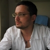 Співробітниці Центру імунобіологічних препаратів намагалися стягти джинси з Олексія Бобровникова?