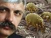 Перетворитися на бруд людині допомагають хробаки та... українські журналісти
