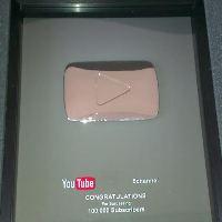 «Громадське ТБ», 5 канал, «Еспресо TV» і Майкл Щур отримали «Срібні кнопки» YouTube (ВІДЕО)