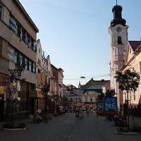 В Ужгороді на знімальну групу місцевого каналу напали під час зйомки на вулиці