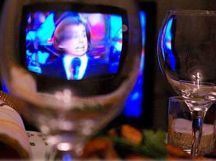 У новорічну ніч українські телеканали покажуть святкові випуски власних програм та російські проекти