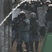 НСЖУ та НМПУ вимагають від МВС наказати спецпризначенцям не стріляти у журналістів