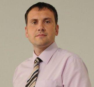 Руслан Ярмолюк став ведучим каналу «2+2» та репортером ТСН