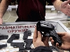 Чи будуть змушені українські журналісти взятися за автомати?