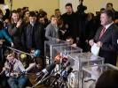 День виборів на трьох інформаційних каналах