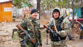 Чому український телеканал відбілює бойовиків?