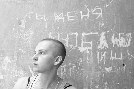 Экс-креативный продюсер НИСа Мария Столярова: «У нас в России, знаете, по морде бьют, а не по паспорту»