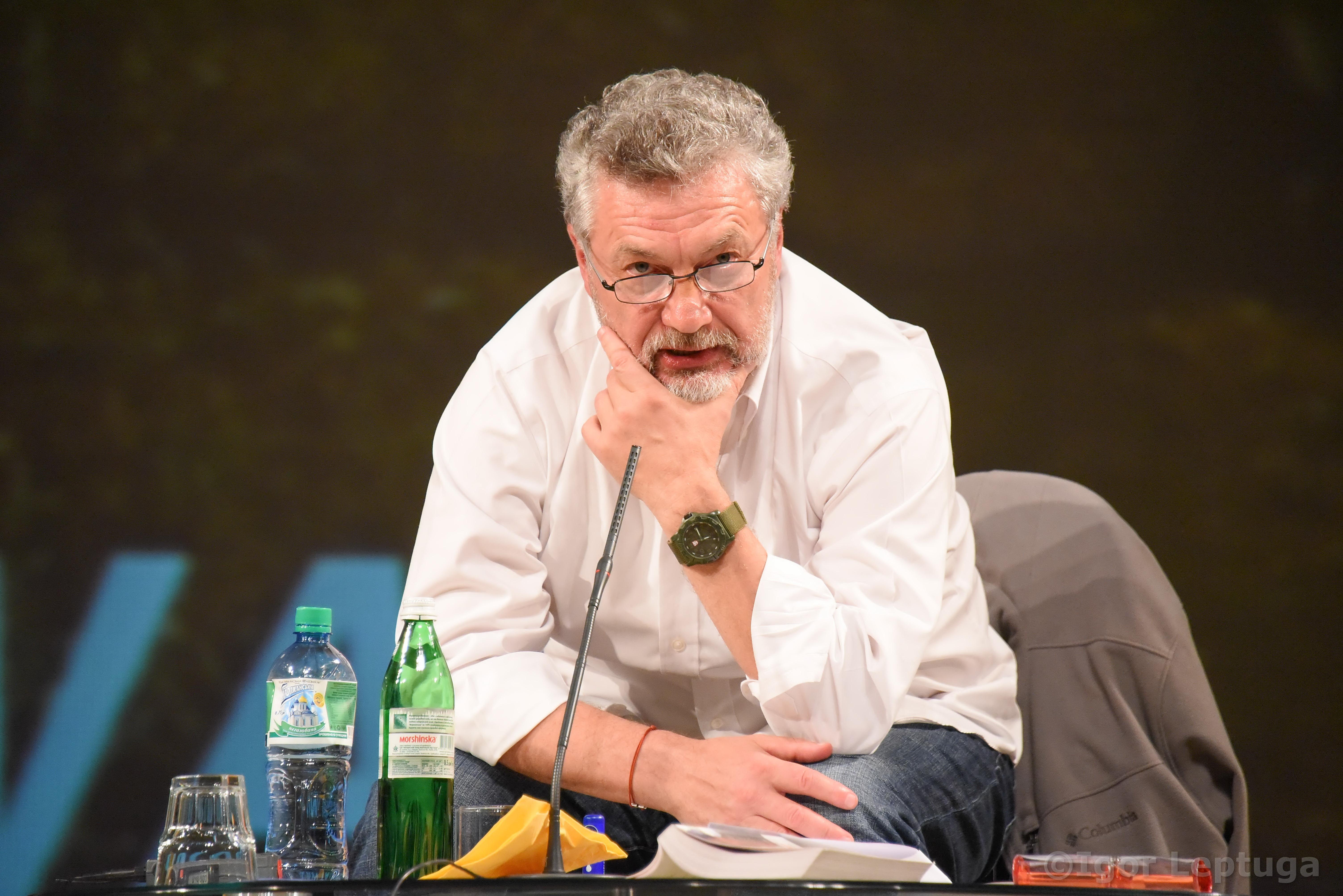 Сергей Лойко: «Аккредитовываться можно хоть у черта лысого, если это помогает журналистам делать свою работу и остаться в живых»