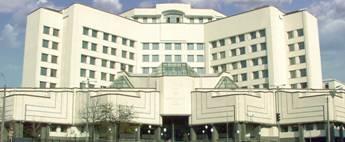 Конституційний суд розпочав розгляд справи про конституційність штрафів Нацради