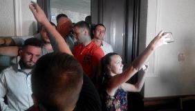 Поліція з'ясовує перешкоджання журналістам на сесії Волинської облради