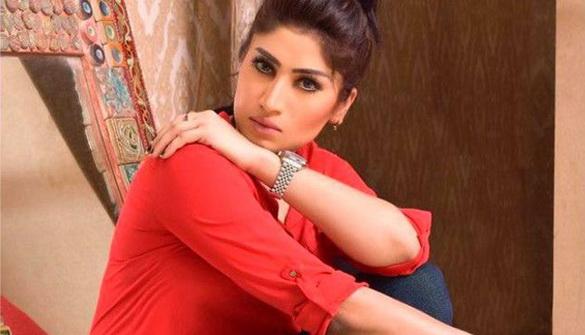 Над відомою пакистанською блогеркою вчинили розправу через «безчестя сім'ї»