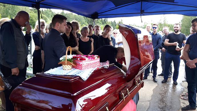 Поховали журналіста Павла Шеремета (ФОТО)