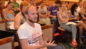 Громадські журналісти та блогери у Черкасах поговорили про стандарти журналістики