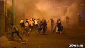 У Вірменії у вуличних зіткненнях постраждали журналісти