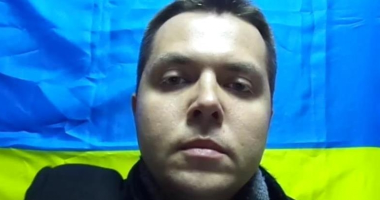 У Криму обвинувачений в «екстремізмі» блогер втік з-під домашнього арешту