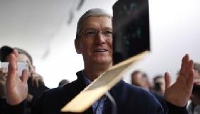 Тім Кук спростував чутки про відмову Apple від Mac