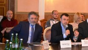 Шверк і Севрюков уже рік не можуть потрапити до Комітету свободи слова