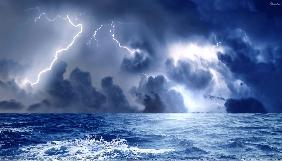 Наводнение, землетрясение и горящие палатки: Одессу штормит