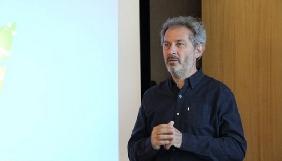 Як писати про патенти на ліки й не знудити читача – поради журналіста Le Monde