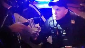У Чернівцях патрульна поліція заважала знімати інцидент за участі депутатів (ВІДЕО)