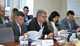 Електронні декларації членів Нацради: найбагатший Ільяшенко та найбідніший Костинський