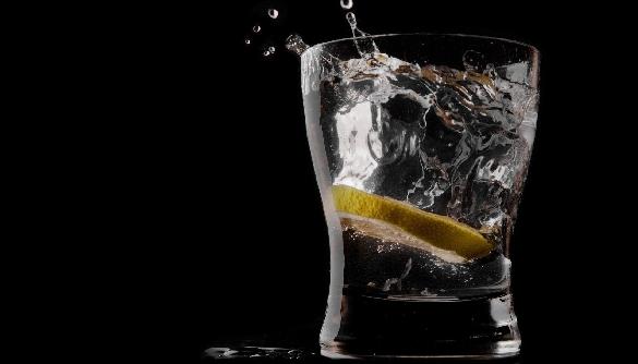 Закон і порядок в алкогольній рекламі та спонсорстві