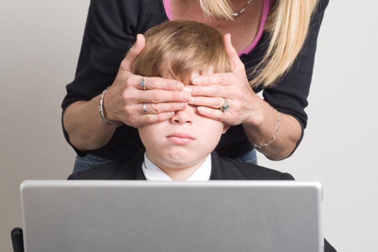 Телеканали погодили спільні правила висвітлення теми сексуального насильства над дітьми