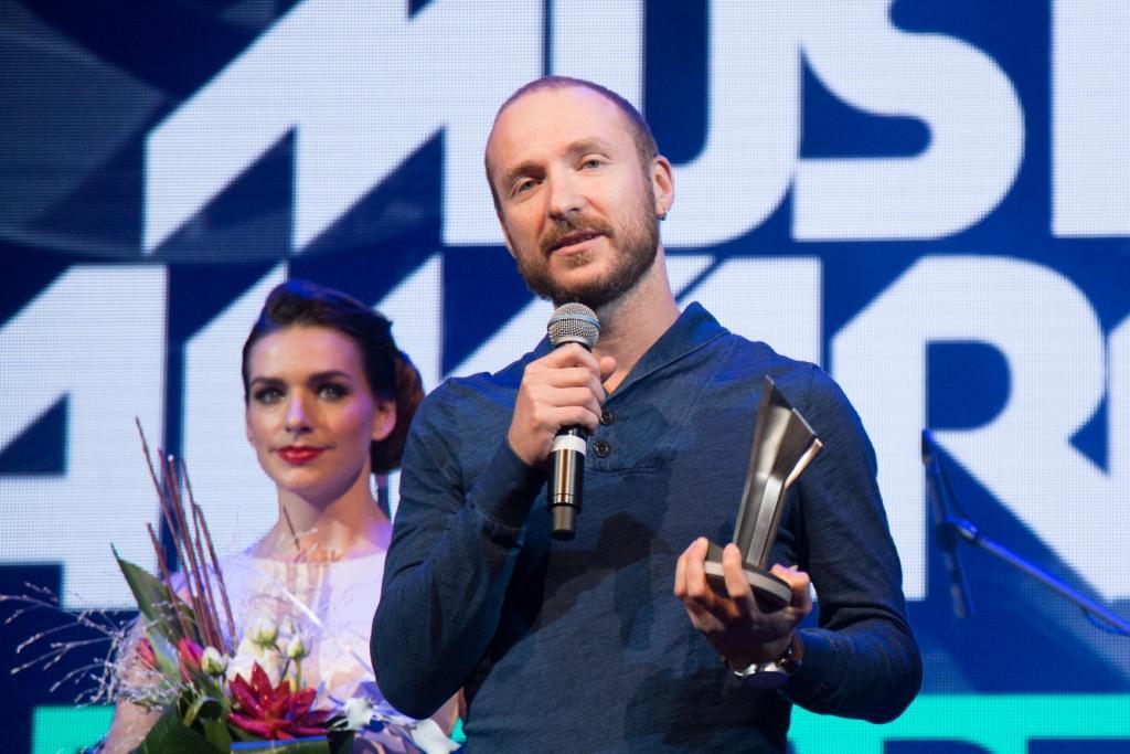 Найкращим продюсером за версією М1 Music Awards 2016 став продюсер Джамали