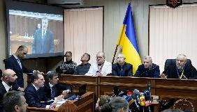 «Шоу Януковича» та підкилимна боротьба в теледзеркалі