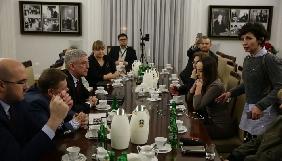 Керівництво парламенту Польщі починає переговори із журналістами щодо їх доступу до Сейму