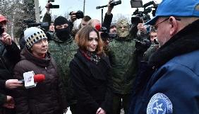 У СБУ пообіцяли «багато цікавих фактів» про звільнену з полону бойовиків журналістку Ольгу Сворак