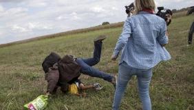 Угорську операторку, яка зробила підніжку біженцю, засудили до 3 років умовно