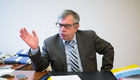 Голова Нацради прогнозує «непросте» рішення щодо продовження ліцензії «Радио Вести»