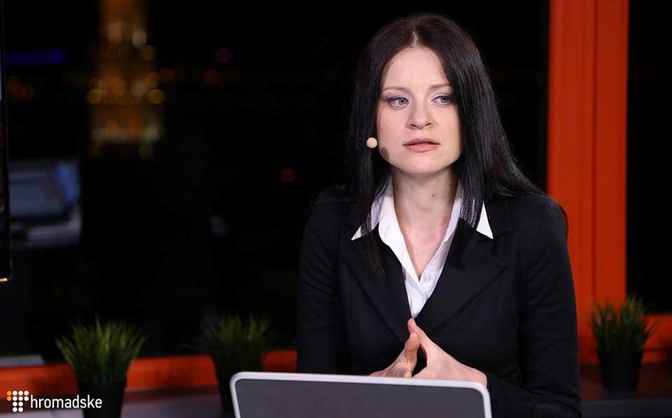 Журналістка Громадського стала доктором наук, захистивши дисертацію про символи Майдану у ЗМІ