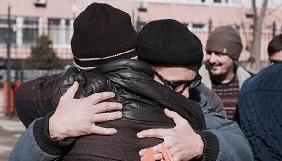У Криму звільняють арештованих за відеозйомку під час обшуку в Марлена Мустафаєва