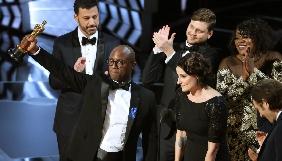 Оскар-2017: кращим фільмом року визнано «Місячне сяйво» Баррі Дженкінсона