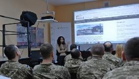 ГО «Детектор медіа» провела тренінг для військовослужбовців Краматорська та Сєвєродонецька
