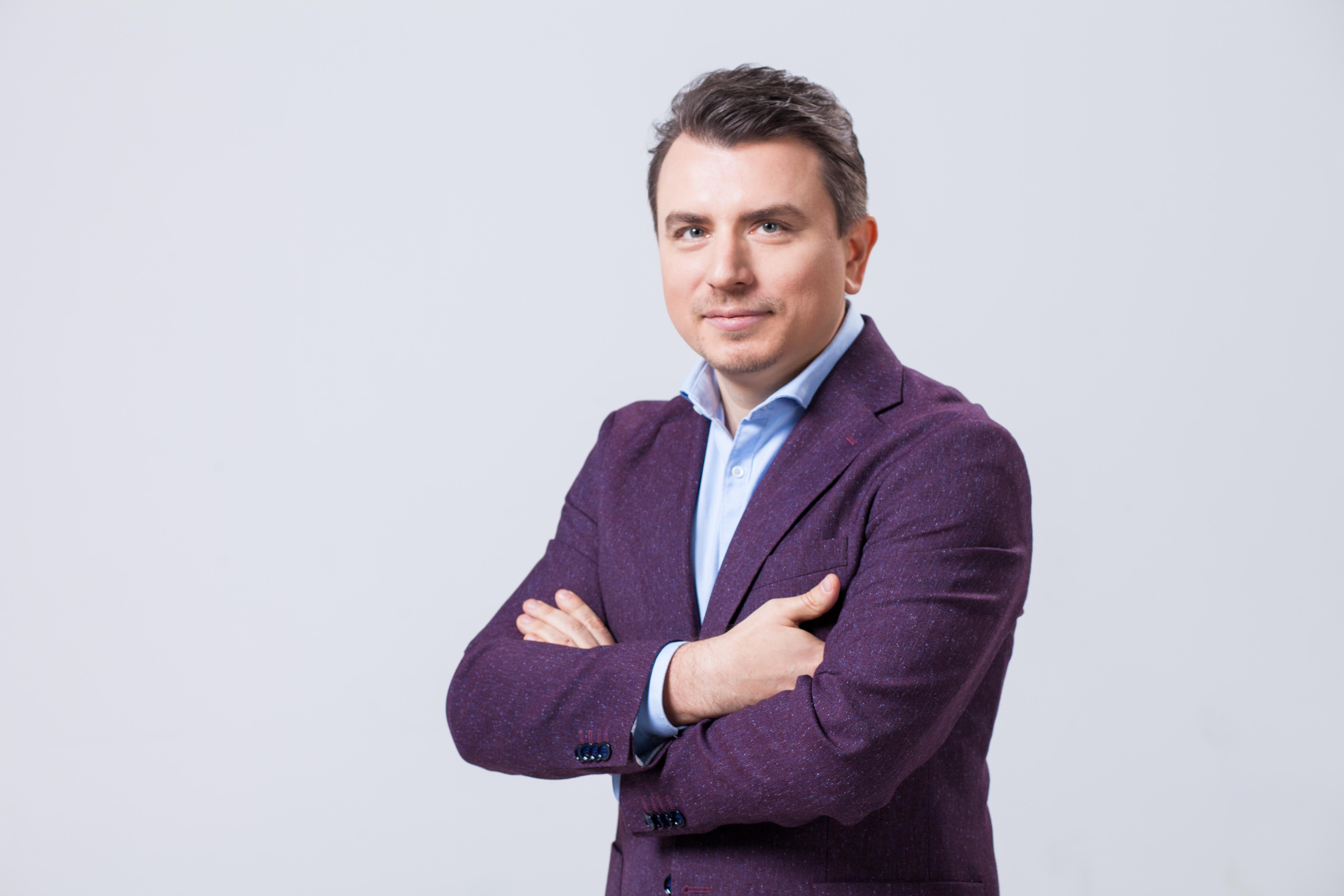 З ZIKу йде ведучий Андрій Тичина