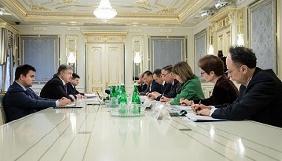 Посли G7 обговорили з Порошенком поправки до закону про е-декларування