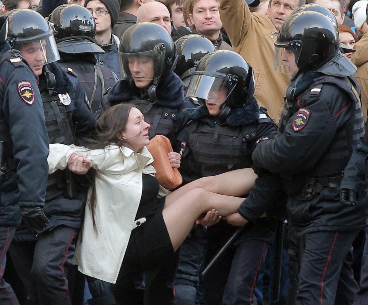 О российском «бунте школьников» и чувстве меры