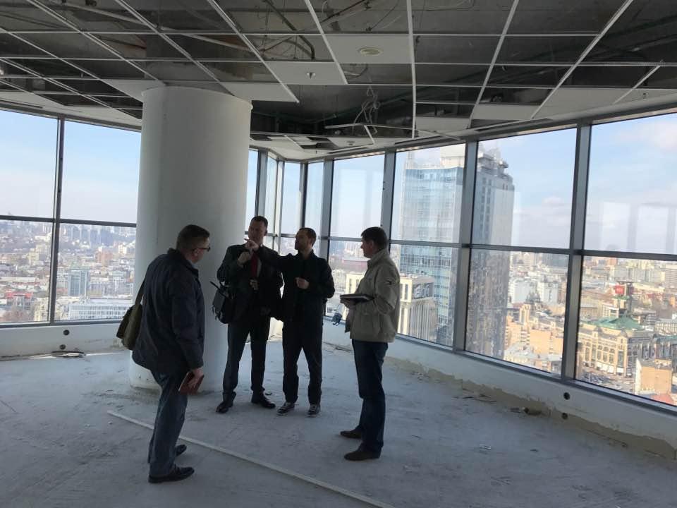 Tonis орендував офіс у «Парусі» та починає будівництво нового апаратно-студійного комплексу