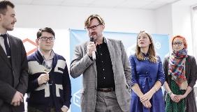 Євген Кисельов, Катерина Сергацкова і Владислав Давидзон увійшли до Громадської ради Дому Вільної Росії в Києві