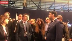 Гройсман не знав, що на «Євробаченні-2017» ведучі з України