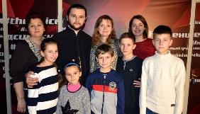 Дочка поющего священника хочет поучаствовать в шоу «Голос. Дети»
