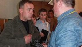 На Чернігівщині представник однієї з політичних партій перешкоджав журналісту
