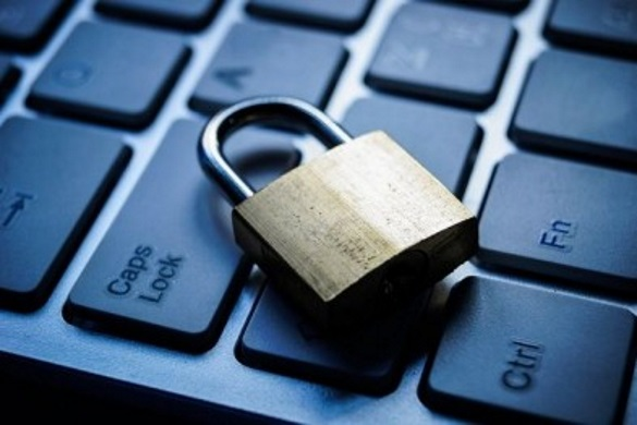 Мінінформполітики заявляє, що подавала РБНО інший перелік сайтів для рішення про блокування