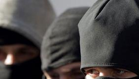 У Кропивницькому невідомі не пропускали журналістів на прес-конференцію