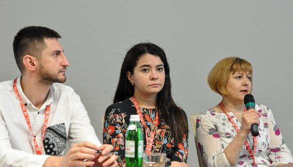 «Не зловтішайтесь». Як зберегти Крим в українському інформаційному полі