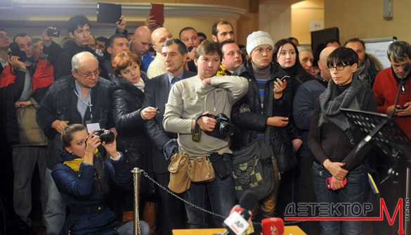 Дві проблеми та дві позитивні тенденції української журналістики. Опитування ДМ