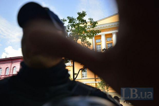 У Києві після Маршу рівності двоє поліцейських напали на фотокора LB.ua